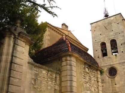 Church and Chateau Murs