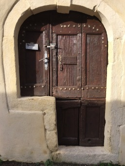 I just love this doorway it seems it has no inhibitions